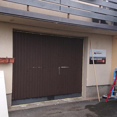 remplacement d 39 une porte de garage par une baie vitr e effet miroir en alsace. Black Bedroom Furniture Sets. Home Design Ideas